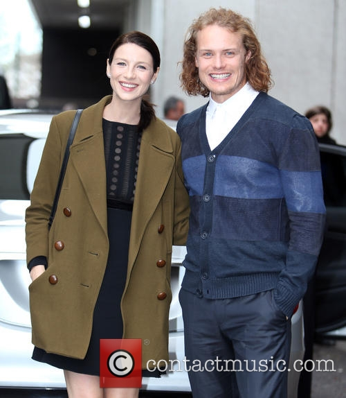 Outlander (2014) Catriona-balfe-sam-heughan-celebrities-at-the-itv-studios_4647722