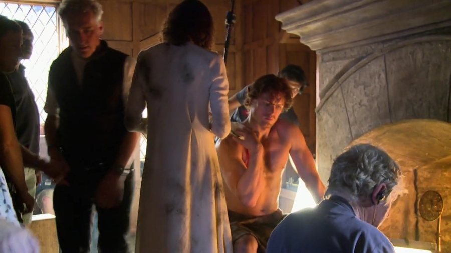 Outlander - Blu-ray Special Features Clip Looking For A Time and Place (HD).mp4_000015807