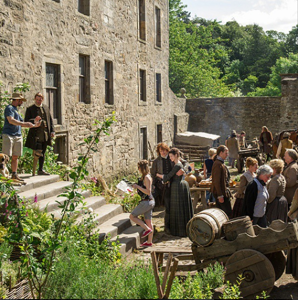 Never a dull moment at Lallybroch! #Outlander #BehindTheScenes