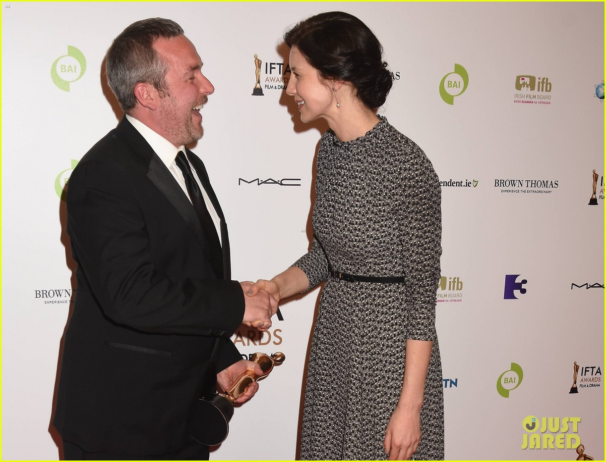 hq pictures of caitriona balfe at the irish film and televison hq pictures of caitriona balfe at the irish film and televison awards outlander online
