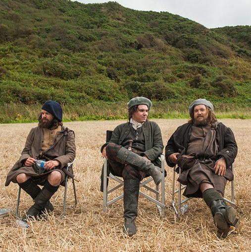 outlander_starzTake a load off, highlanders. Searching for Jamie Fraser is hard work. #Outlander #BehindTheScenes