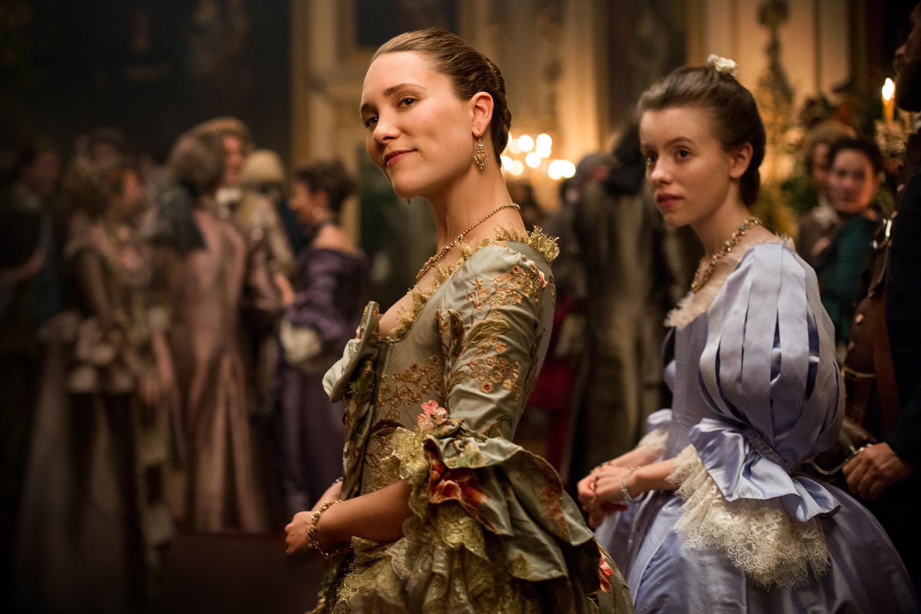 New Hq Stills Of The Cast Of Outlander In Episode 2 02 Outlander Online